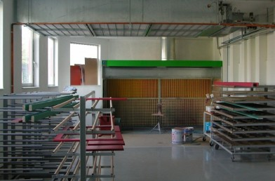 Dry cleaning system booths